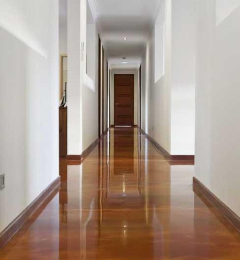pavimento-resina-effetto-legno